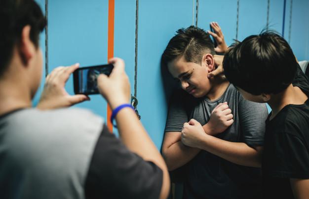 Educación detecta cinco casos de acoso escolar, dos de ellos calificados como ciberacoso