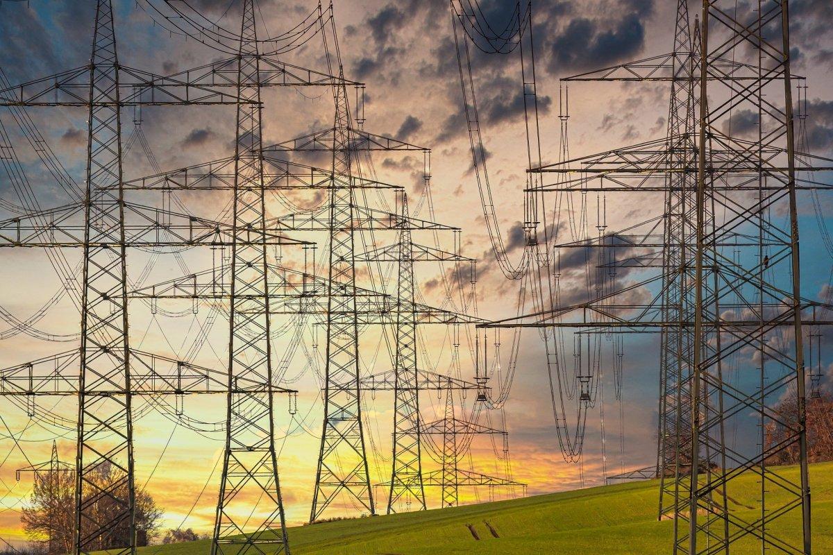 """Unidas pide a Vara que """"meta en vereda"""" a las eléctricas para que no haya más cortes de luz"""