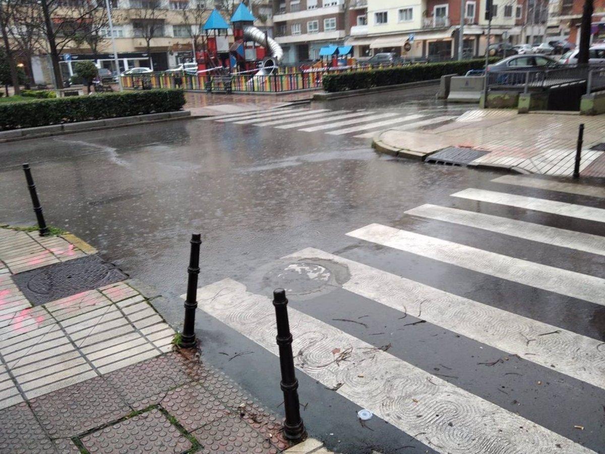 El PSOE de Badajoz ve insuficiente los trabajos para limpiar alcantarillas