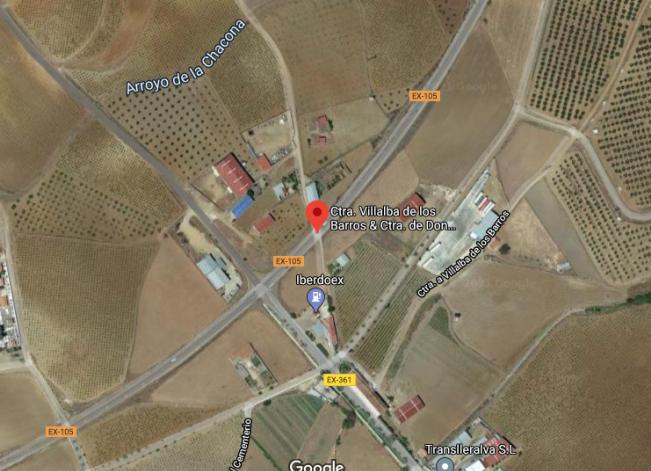 Tres  jóvenes de 20, 23 y 28 años resultan heridos en un accidente en Villalba de los Barros