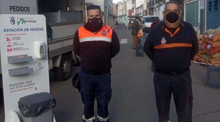 Más de 800 personas visitan el mercadillo de Moraleja que no se celebraba desde el 25 de noviembre