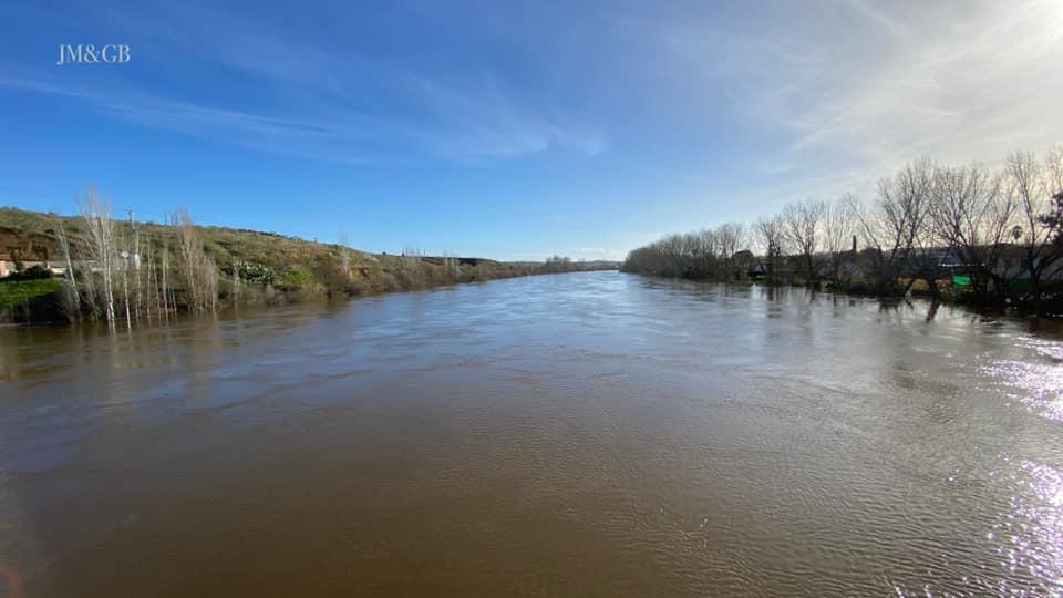 Coria prevé que el caudal del Alagón siga creciendo y mantiene activo el Plan de Emergencia