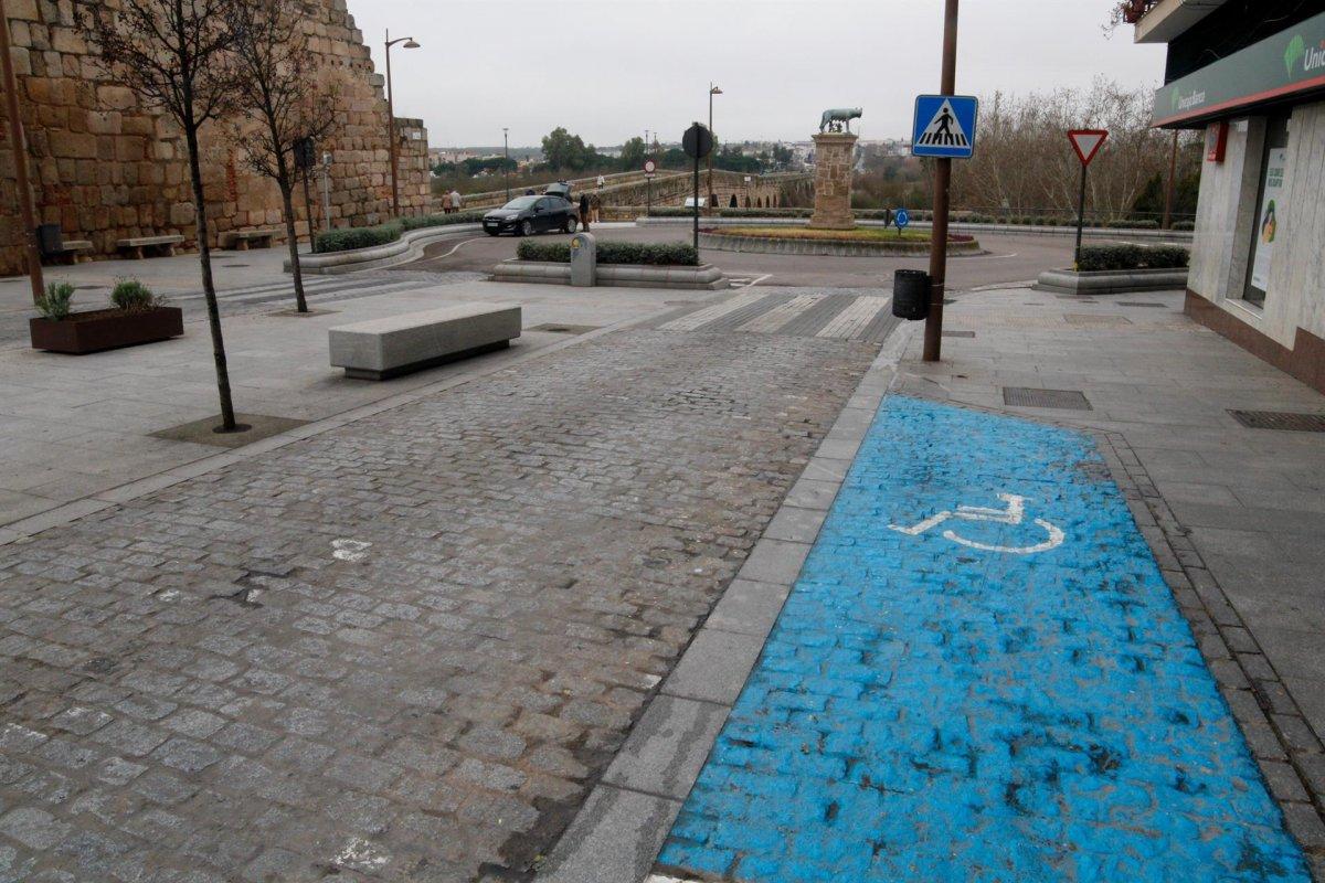 Mérida unifica toda la reglamentación sobre las tarjetas de estacionamiento para minusválidos
