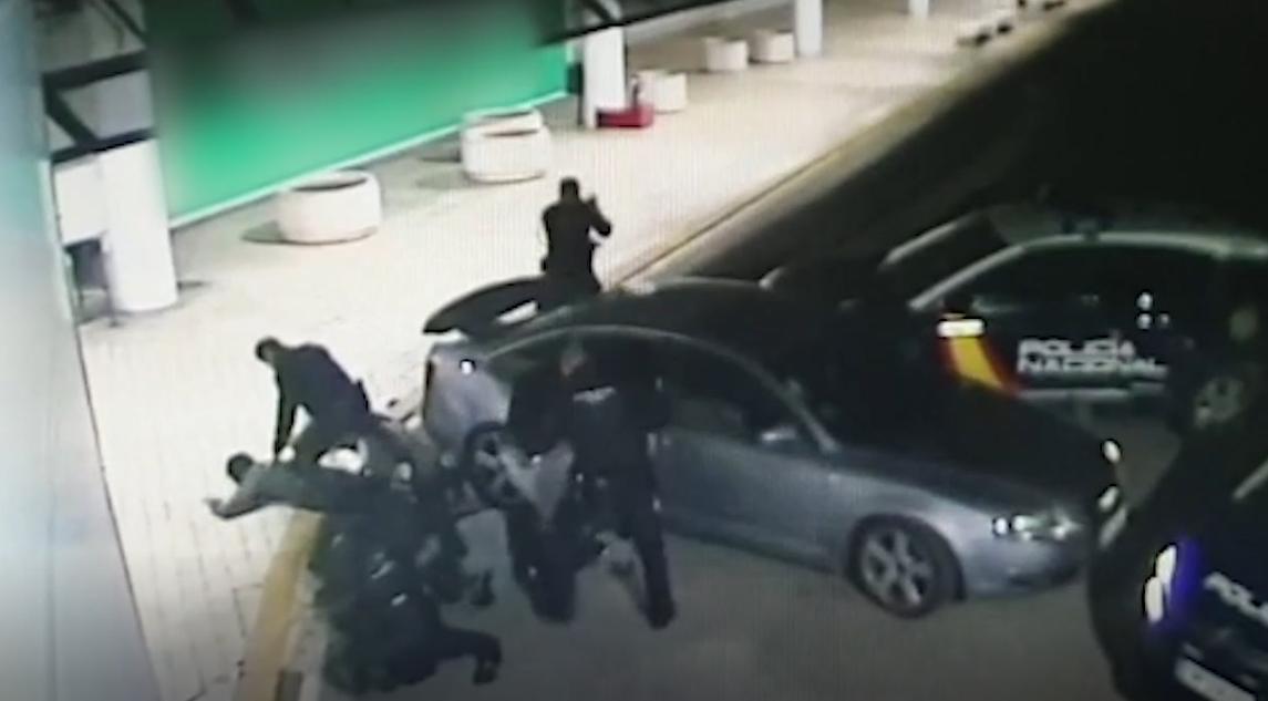 Detenida una banda de aluniceros que asaltó una tienda de telefonía en Cáceres