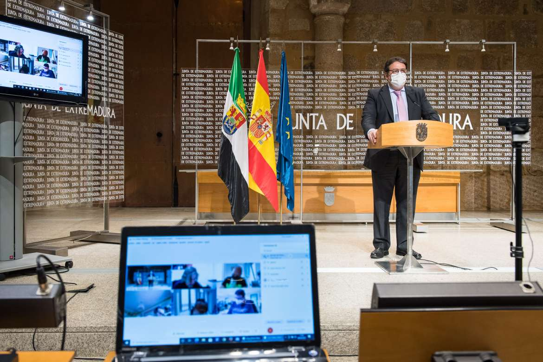 La cepa británica ya representa el 64 por ciento de los casos de Covid-19 diagnosticados en Extremadura