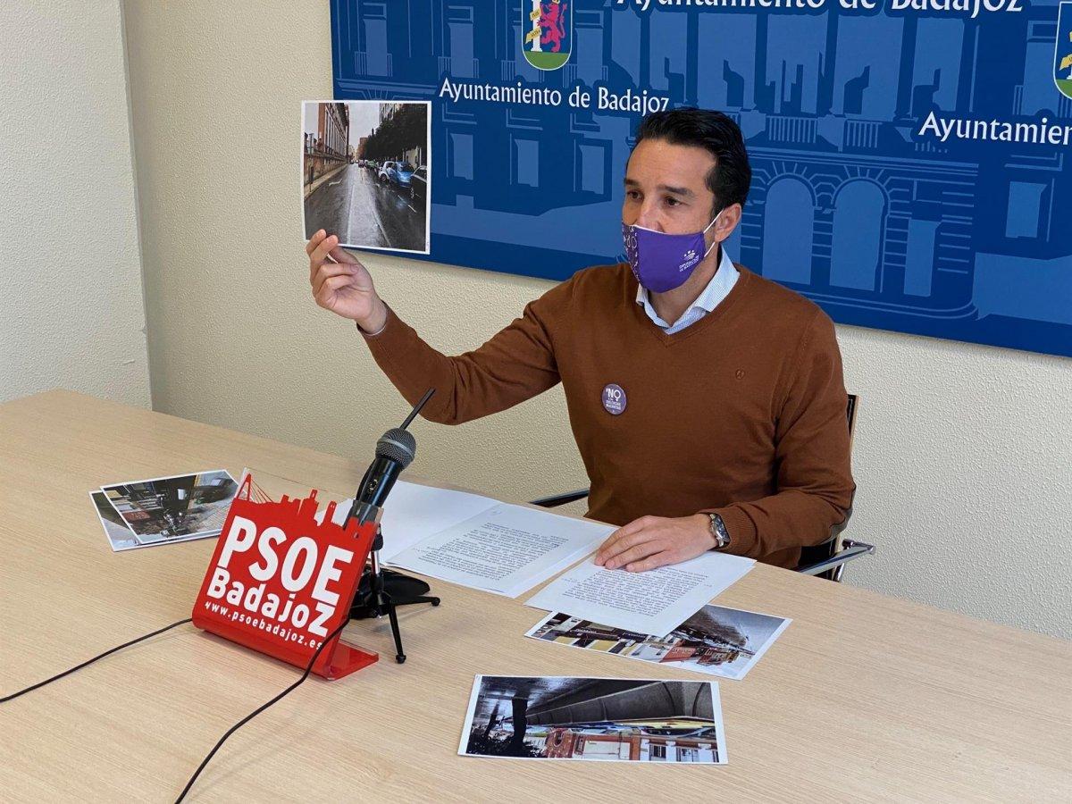 El PSOE de Badajoz aboga por extender la plataforma única en el Casco Antiguo