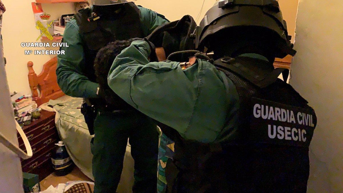 Vídeo: Desarticulado un grupo dedicado al robo en viviendas en la provincia de Cáceres