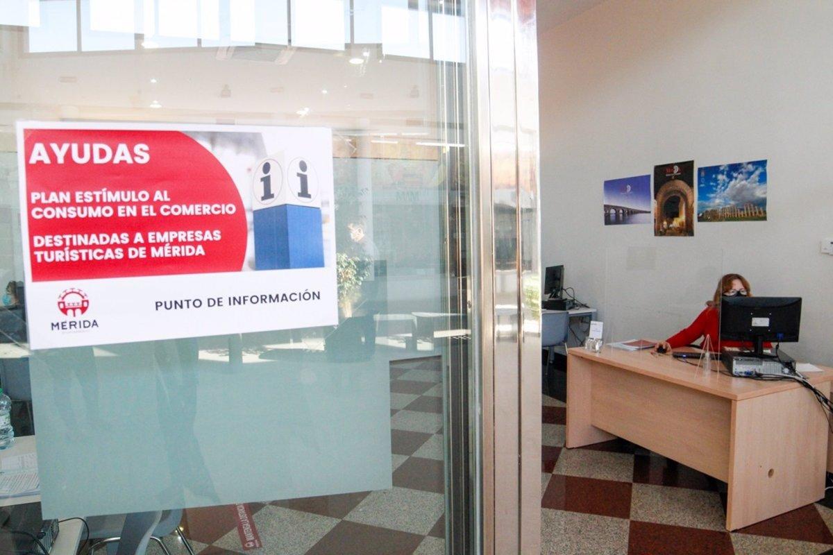 Las ayudas al comercio puestas en marcha por el Ayuntamiento de Mérida reciben 258 solicitudes