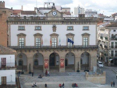 El ciberataque sufrido por la empresa ASAC Comunicaciones afecta al Ayuntamiento de Cáceres