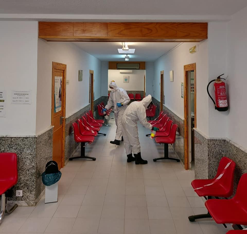 Sanidad ordena el cierre de un aula en Burguillos del Cerro y de otra en Castuera