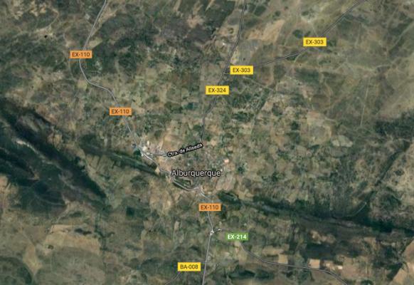 Trasladan al Universitario de Badajoz a una mujer tras sufrir un accidente en Alburquerque