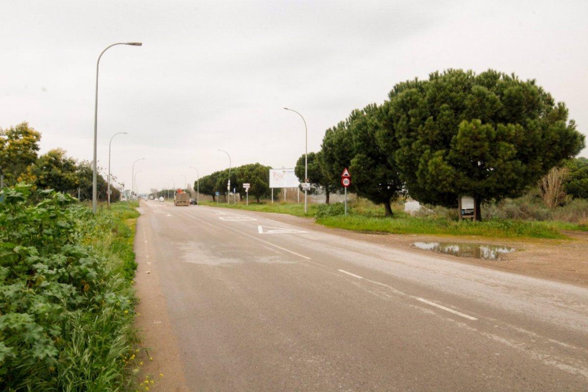 Las obras de desdoblamiento de la avenida del río de Mérida provocan cambios en el tráfico