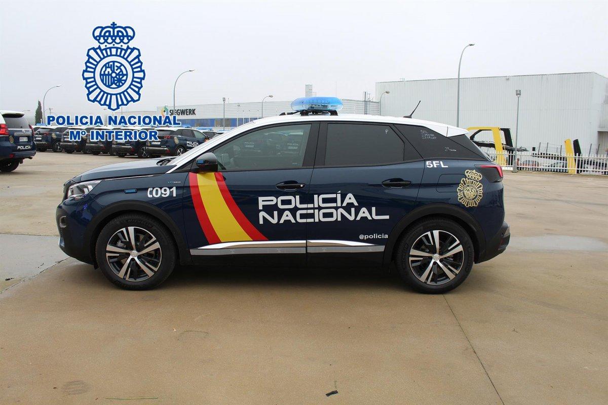 La Policía Nacional incorpora 300 vehículos híbridos enchufables a su flota