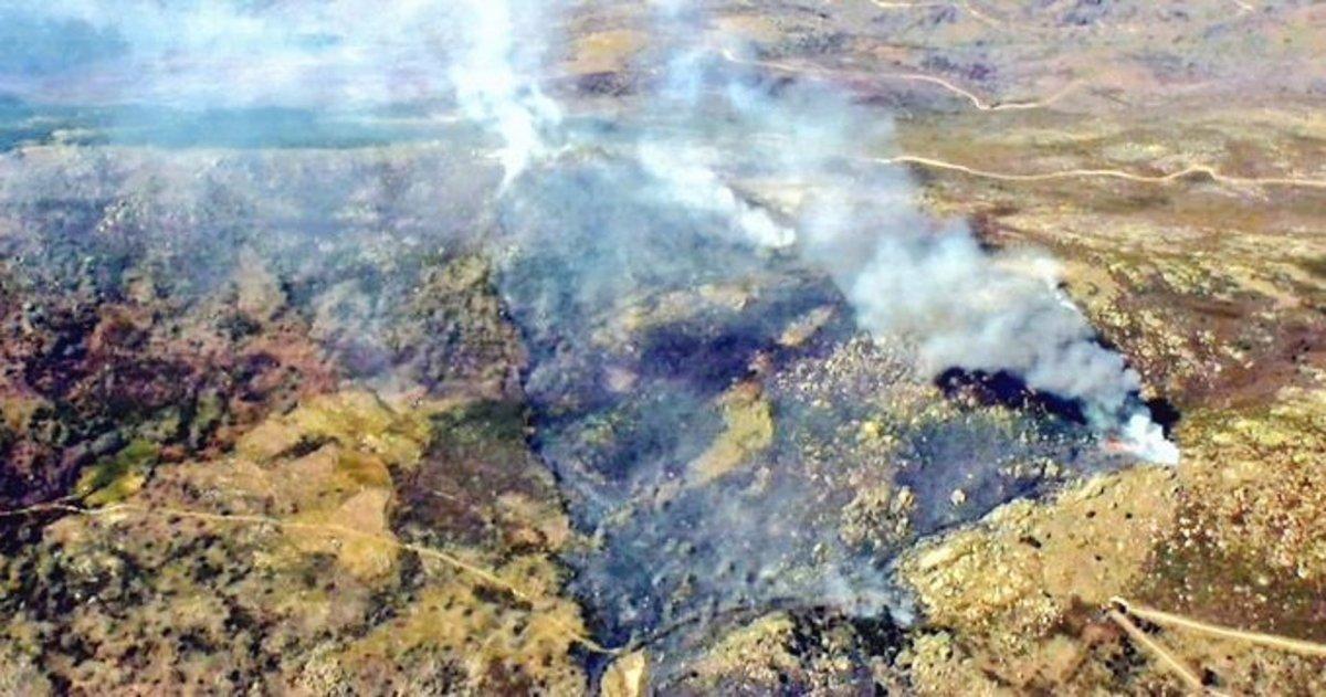Estabilizado el incendio de Navaconcejo tras arrasar 70 hectáreas