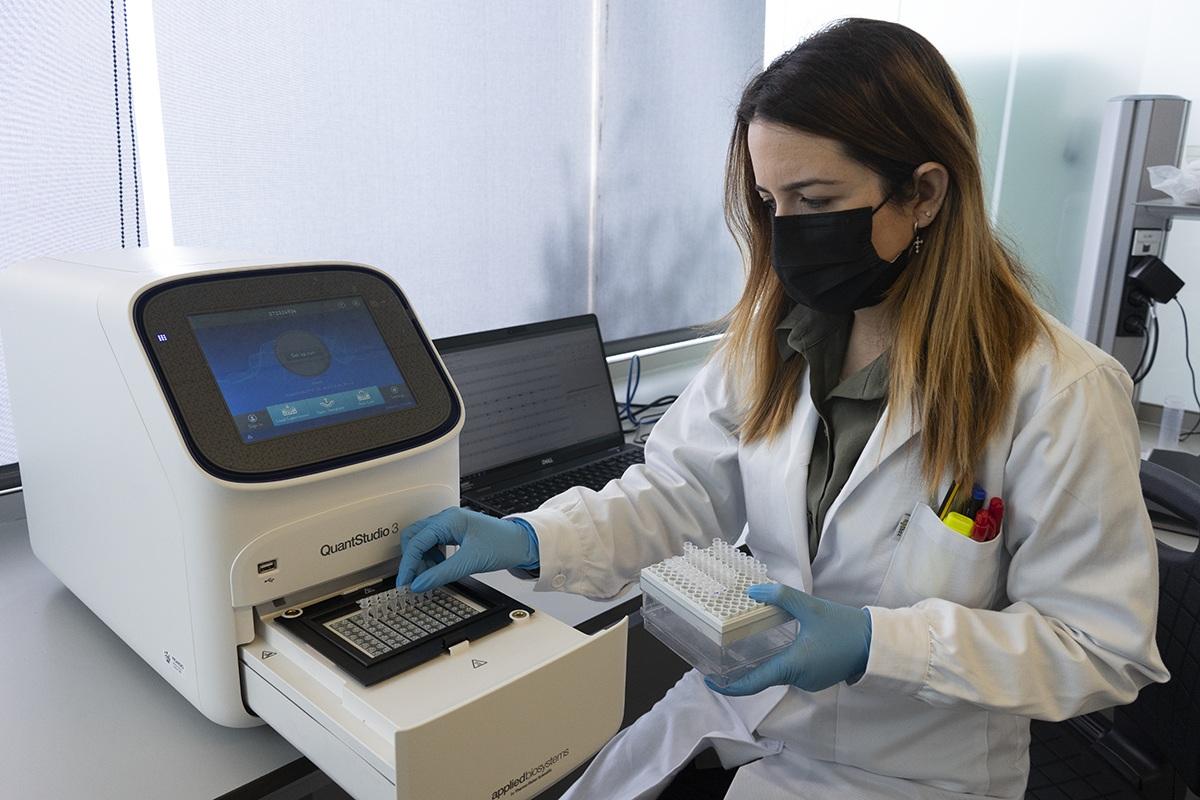 Diputación adquiere un nuevo equipo de laboratorio para detectar Covid en aguas residuales