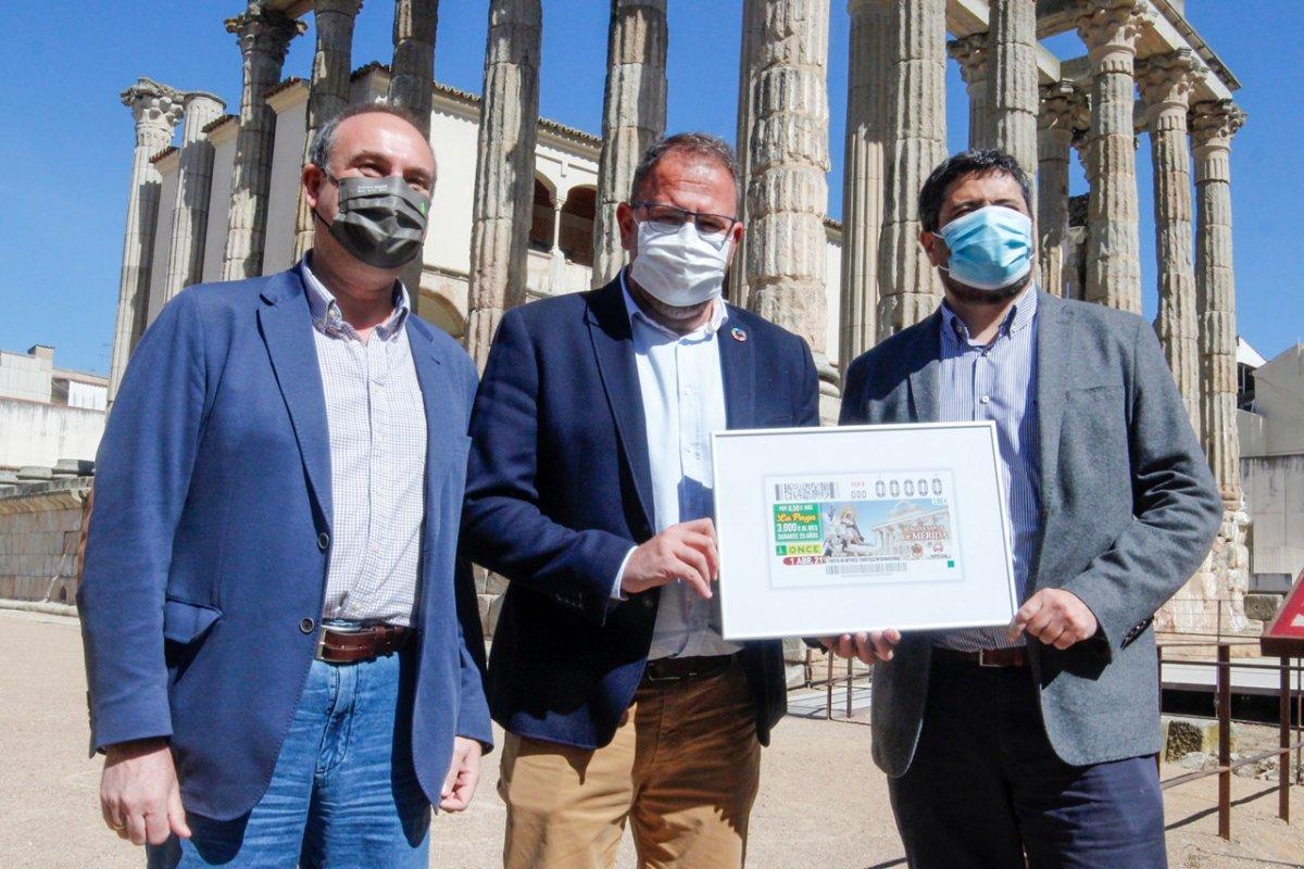 El cupón del Jueves Santo de la ONCE promocionará la Semana Santa de Mérida