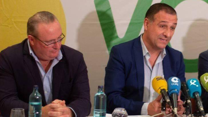 Dimiten ocho candidatos de Vox en los últimos comicios en Badajoz y acusan al partido de antidemocrático