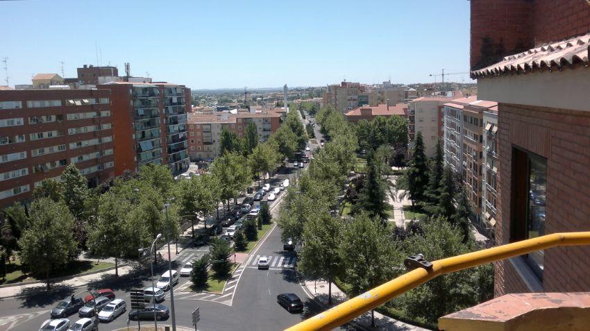 Sanidad confirma un brote de Covid en Badajoz y cierra cinco en las últimas 24 horas