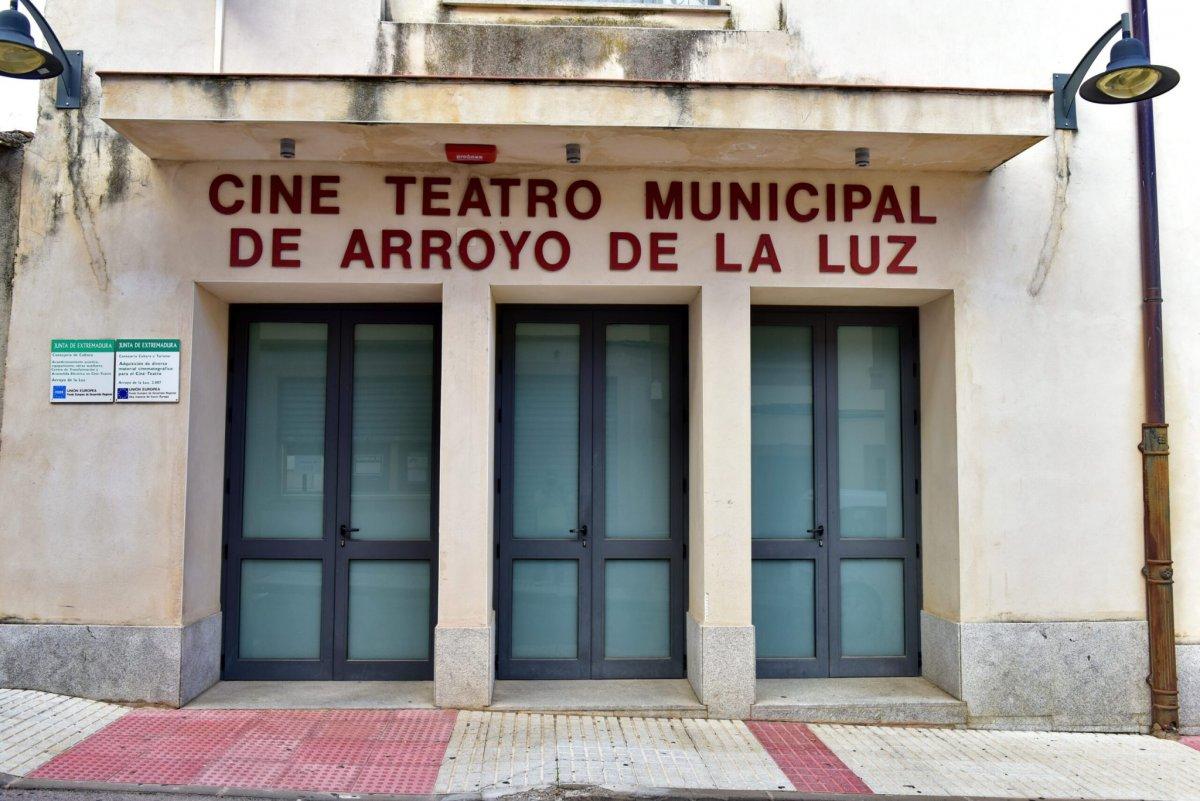 Mueren a causa de la Covid-19 un hombre de Arroyo de la Luz y una mujer de Don Benito