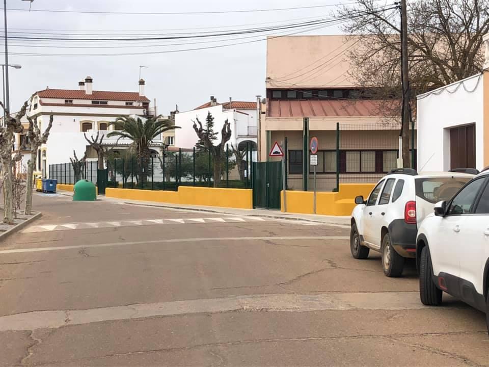 Fallece un hombre por Covid, suben los hospitalizados y bajan los contagios en Extremadura