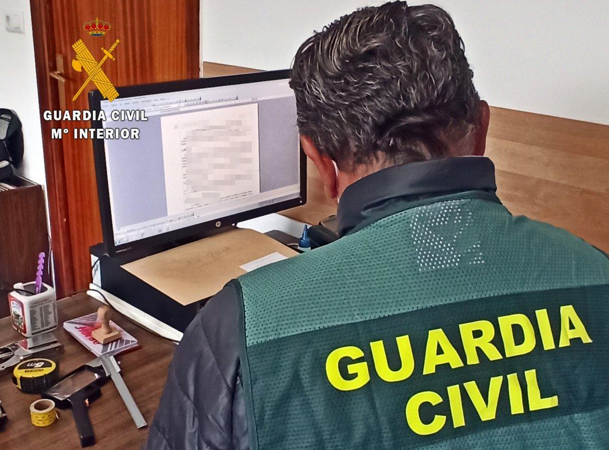 Tres detenidos por intentar matar a un vecino de Guareña atropellándole con un todoterreno
