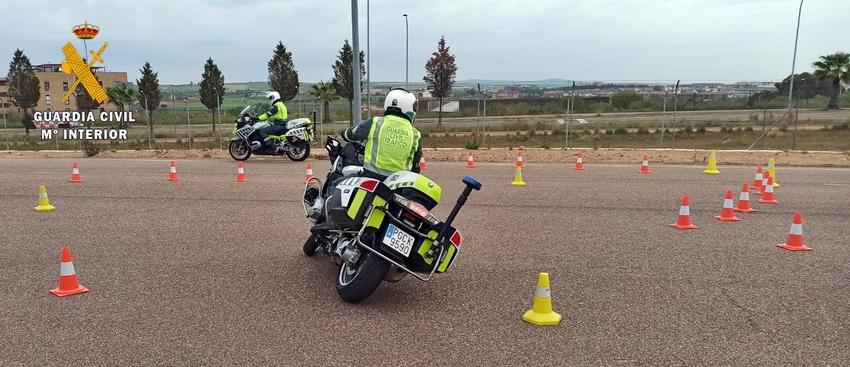 La Escuela de Tráfico de Mérida selecciona a los Guardias Civiles que estarán de servicio en la Vuelta Ciclista a España