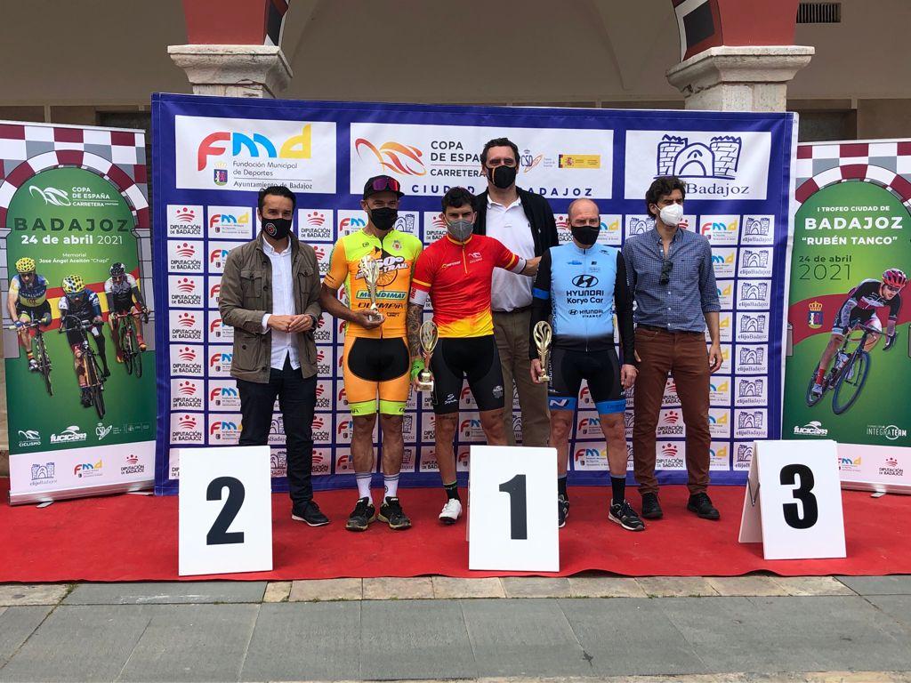 El ciclista de Badajoz Rubén Tanco se convierte en el primer líder de la Copa de España de Ciclismo Adaptado