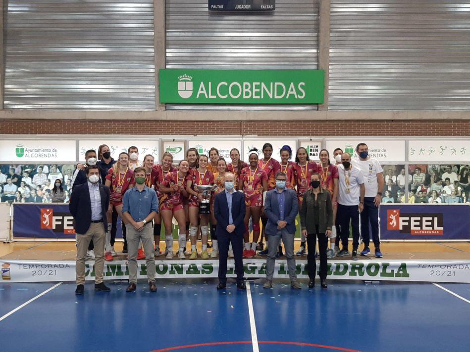 El equipo de la moralejana Alba Sánchez gana la Liga Iberdrola de Voleibol