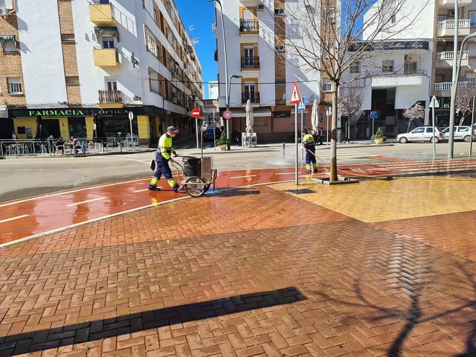 Vergeles muestra su preocupación por la situación de Almendralejo que además conmemora San Marcos el domingo