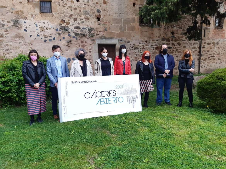 """Más de 20 artistas potenciarán el arte  en la actividad """"Cáceres Abierto"""""""