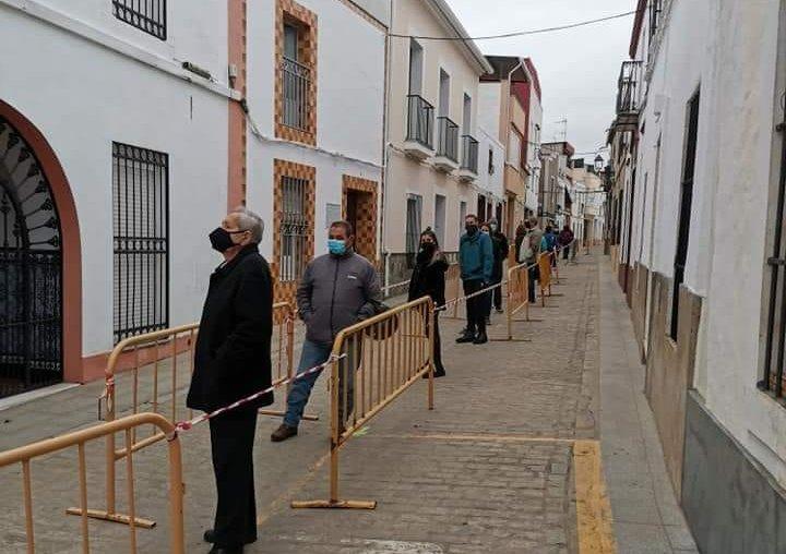 Sanidad confirma 6 nuevos brotes en sólo 24 horas, tres de ellos en Salvatierra de los Barros
