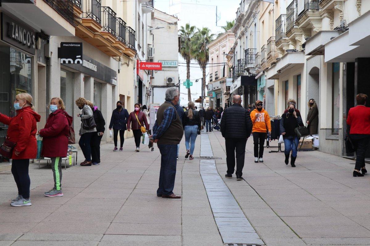 Extremadura mantiene el cierre perimetral de la comunidad y no se levantará hasta el 9 de mayo
