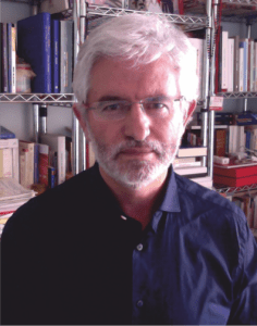 El profesor Domingo Barbolla dará una charla sobre los factores culturales en la enfermedad del cáncer
