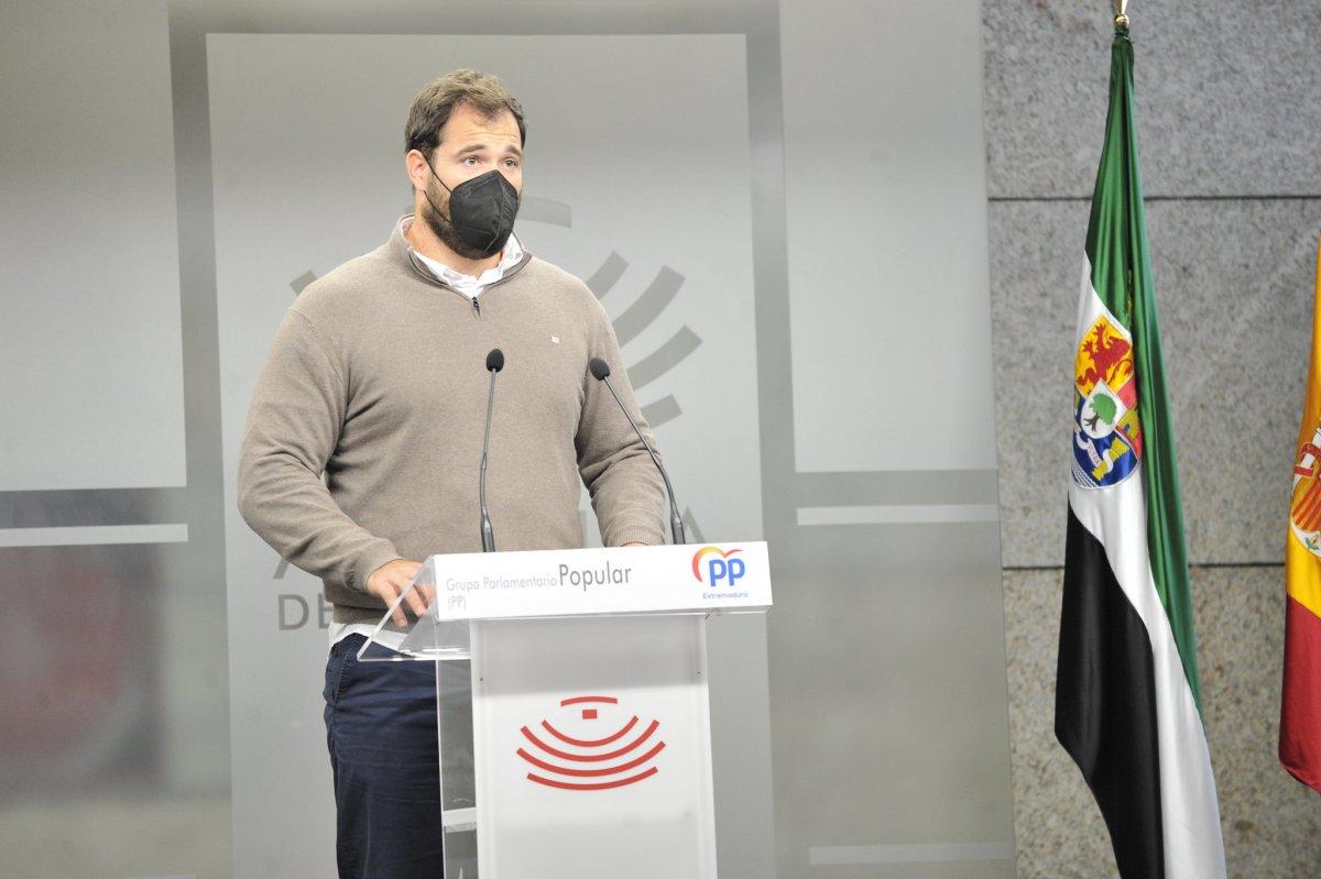 El PP critica que Extremadura tenga la tasa de paro femenino más alta de España
