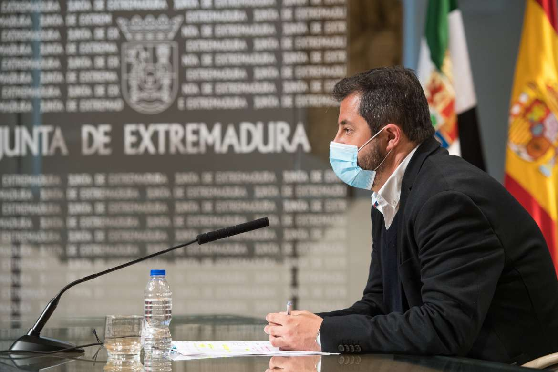 Baja el paro en Extremadura pero más de 112.000 personas siguen sin encontrar trabajo