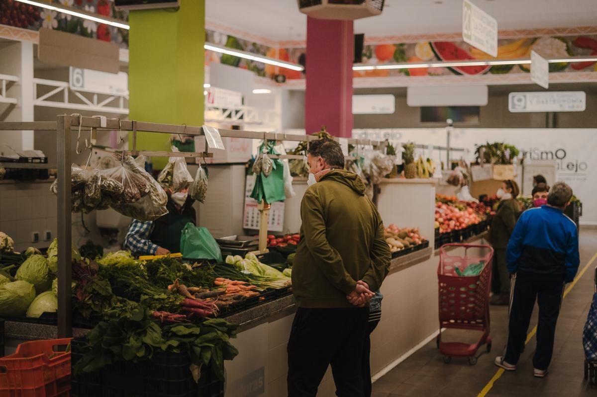 Almendralejo llena de actividades promocionales el Mercado Municipal de Las Mercedes