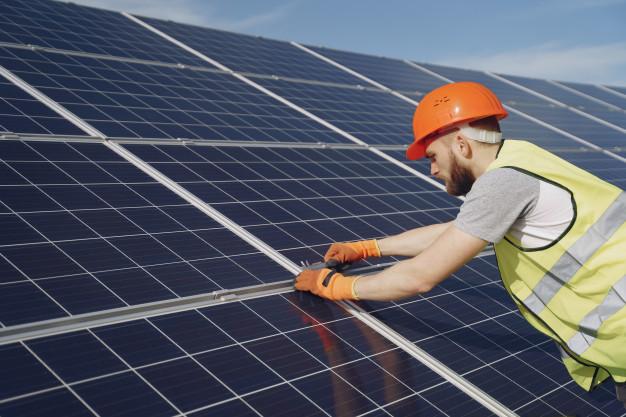 Provincia de Cáceres: 3.000 horas de sol al año para ahorrar en la factura de la luz