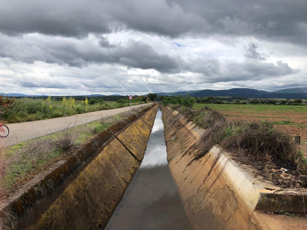 Asaja Extremadura denuncia la subida de las tarifas eléctricas para los regantes prevista por el Gobierno