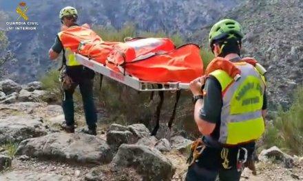 Rescatan en complicadas condiciones a una senderista de Badajoz herida de gravedad
