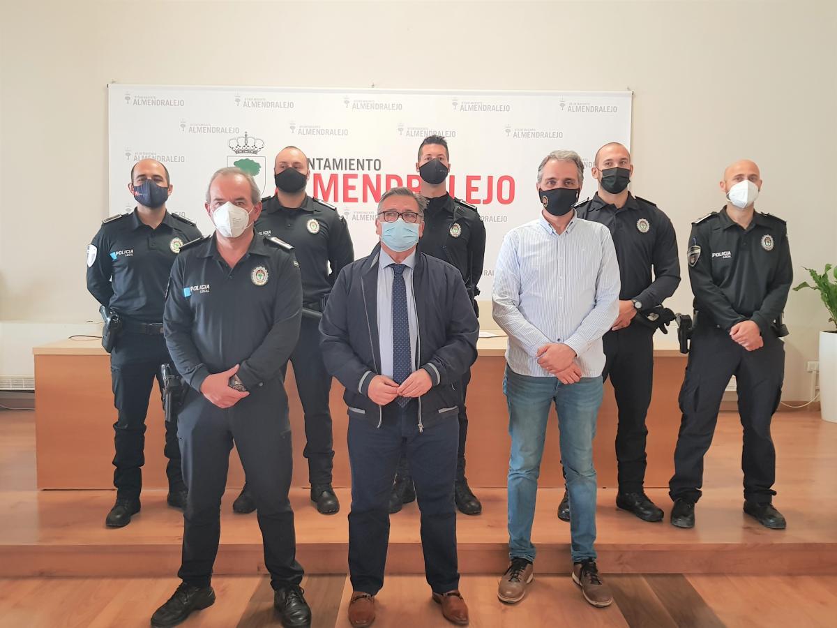 Tres nuevos agentes refuerzan la plantilla de la Policía Local de Almendralejo