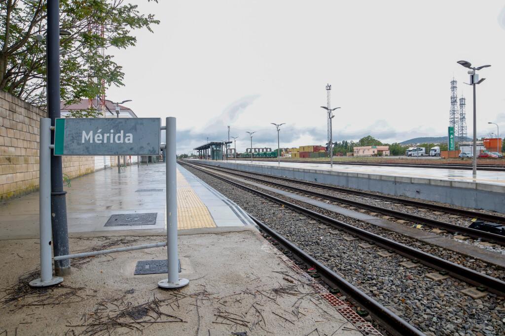 El alcalde de Mérida solicita a la Junta que salga a licitación cuanto antes la terminal ferroviaria de Expacio Mérida
