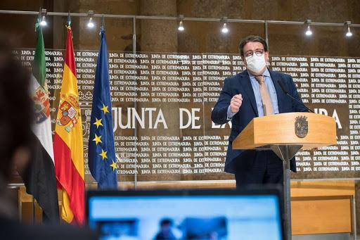 Vergeles anuncia que la vacuna de Janssen llegará este miércoles a Extremadura