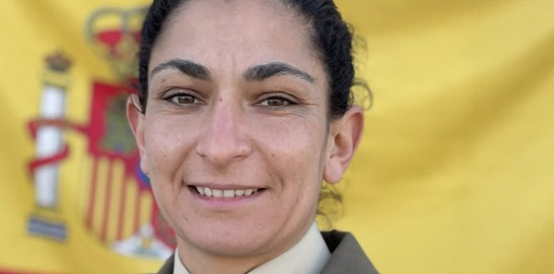 Muere una militar extremeña de 33 años al enganchar un obús de artillería a un camión tractor