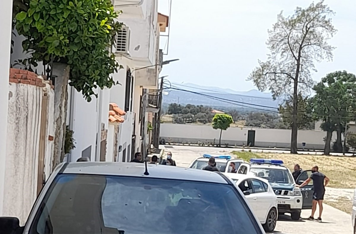 Detenido un joven tras intentar agredir a los agentes y atrincherarse en su casa de Talayuela