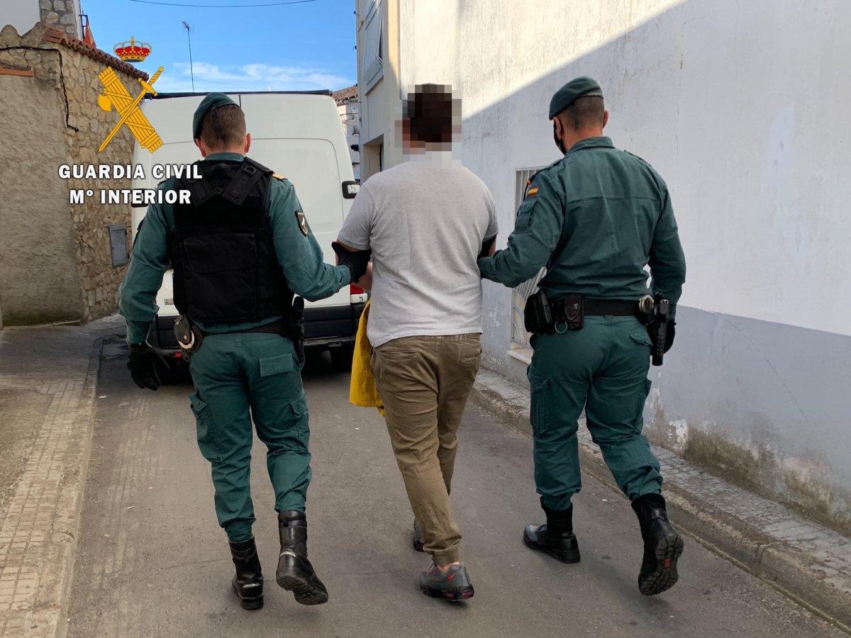 Ingresan en prisión dos jóvenes de 26 y 21 años de Moraleja pertenecientes a un grupo criminal dedicado al tráfico de drogas