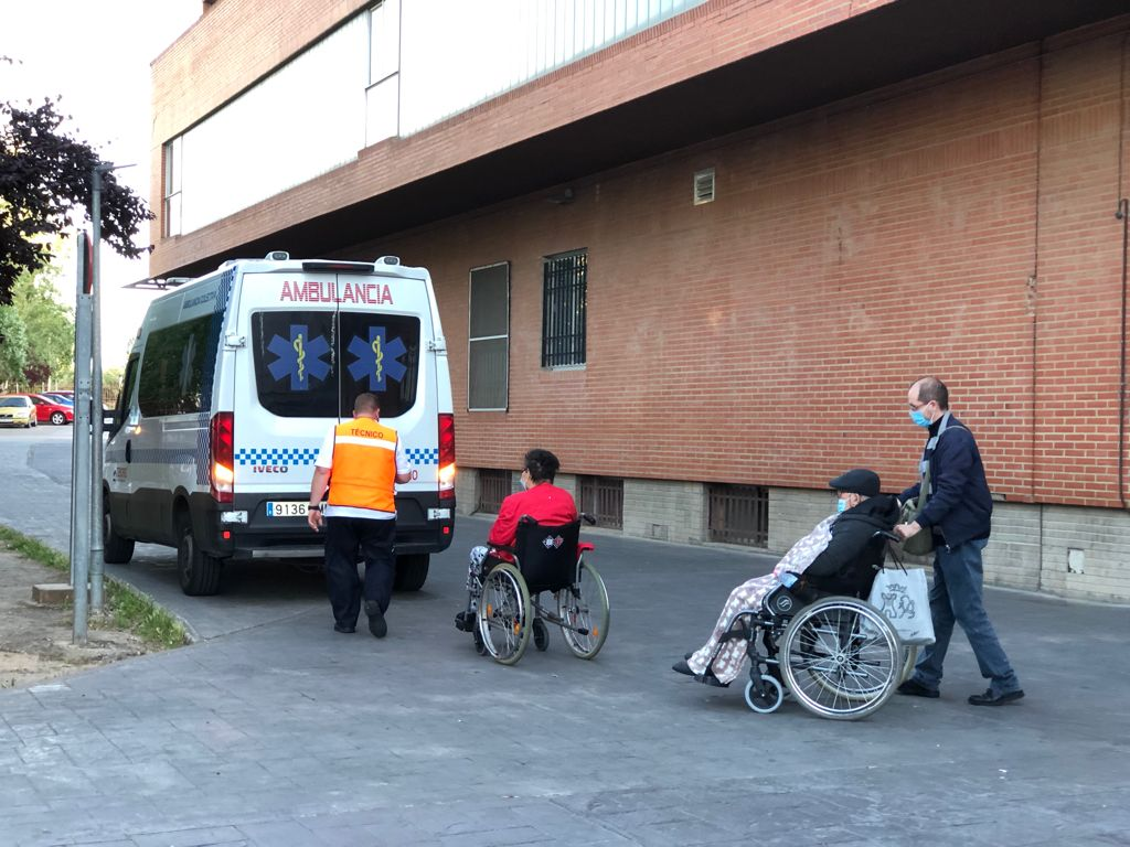 Bajan a 41 los contagios en la región pero suben a 50 los pacientes hospitalizados