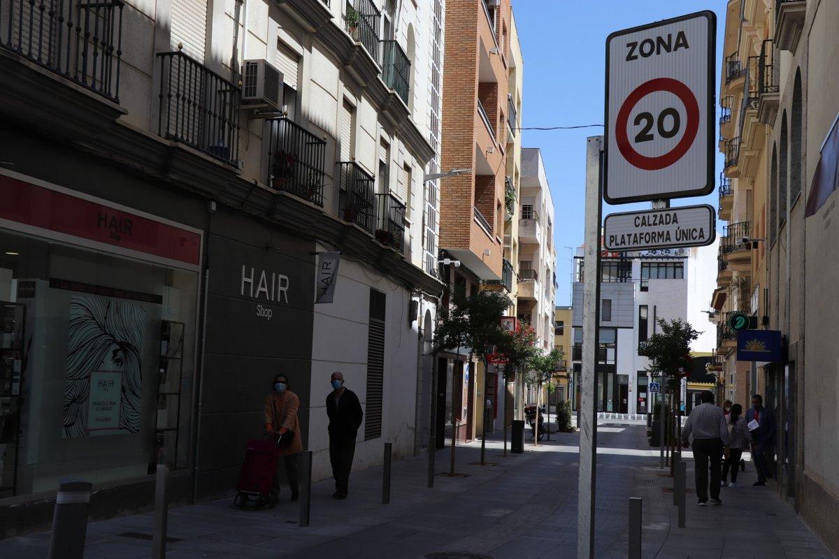 Extremadura suma 90 contagios y cinco brotes de Covid-19 en las últimas 24 horas