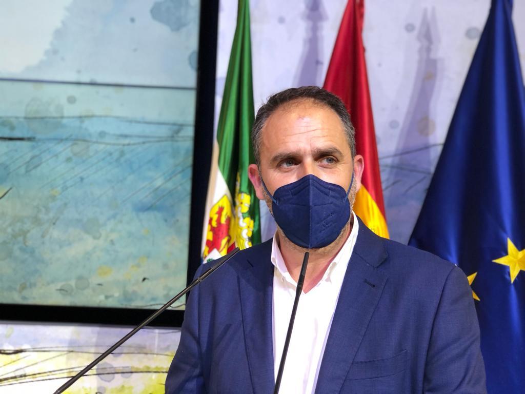 Herrero pide que se clarifique porqué no se cierran algunos municipios con alta incidencia de Covid-19