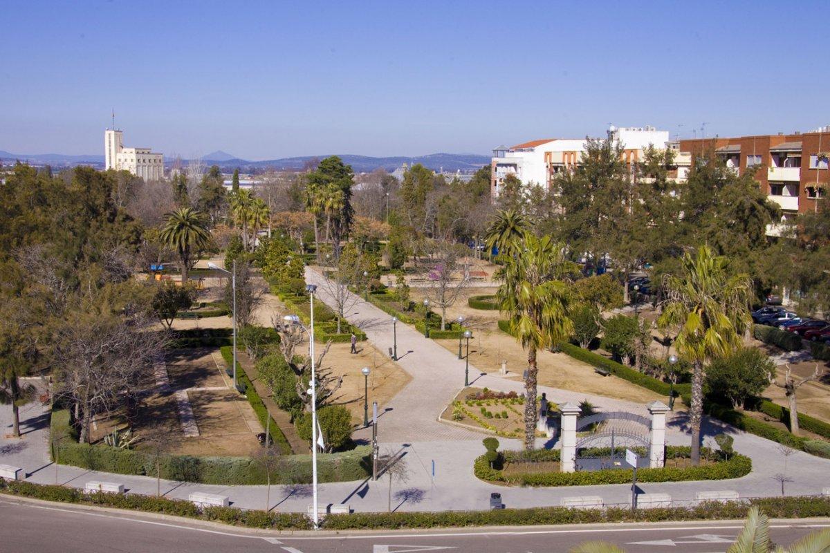 La Junta destinará 1,5 millones de euros a la construcción de una nueva escuela de idiomas en Don Benito