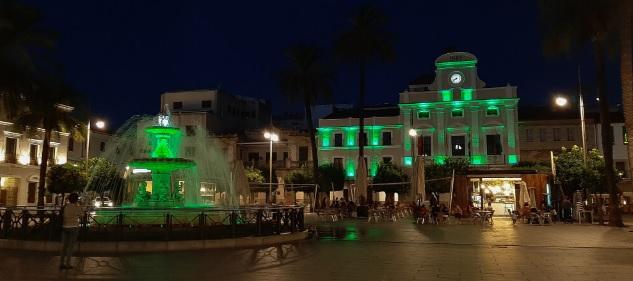 Mérida se suma al Día Nacional del Celíaco iluminando de verde algunos de sus monumentos